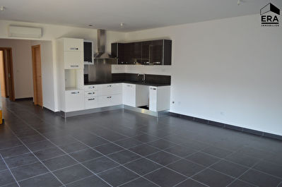 Location : appartement F4 à BORGO